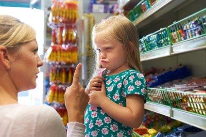 Vol (d'argent) par votre enfant. Comment réagir ?