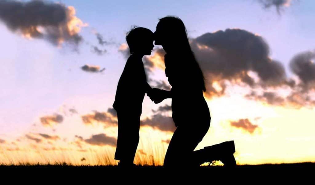 La relation mère-fils : un amour immense (1/2)